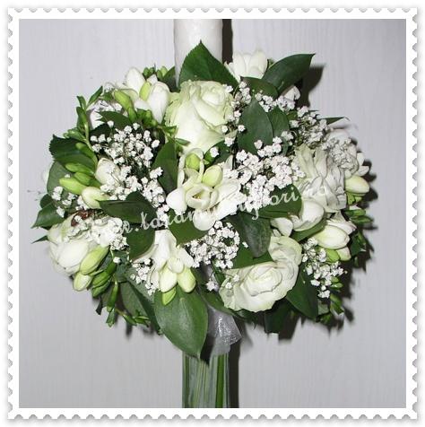 Lumanari de nunta din frezii si trandafiri.108